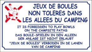 Jeux de boules non tolérés dans les allées du camping