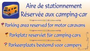 Aire de stationnement réservée aux camping-cars