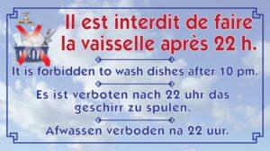 Interdit de faire la vaisselle après 22h